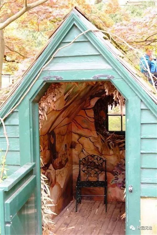 步道边的果窖被园丁艺术发挥了一下.图片